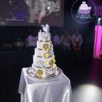 Wedding cake fleurs jaune gris